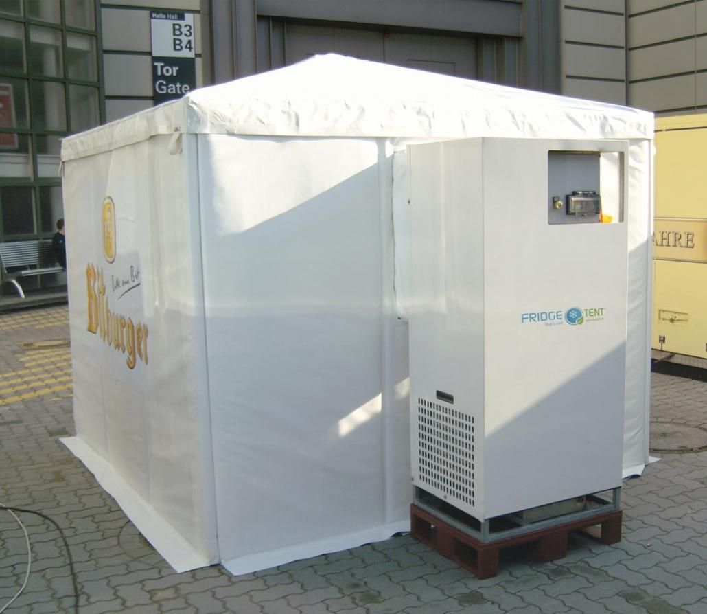Fridge Tent Kühlzelt aufgebaut mit Bitburger Logo