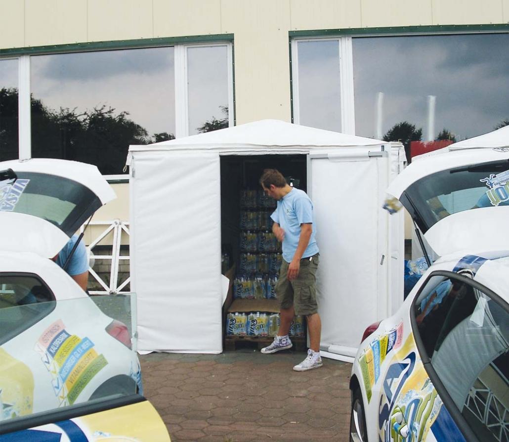 Fridge Tent Kühlzelt wird aufgefüllt